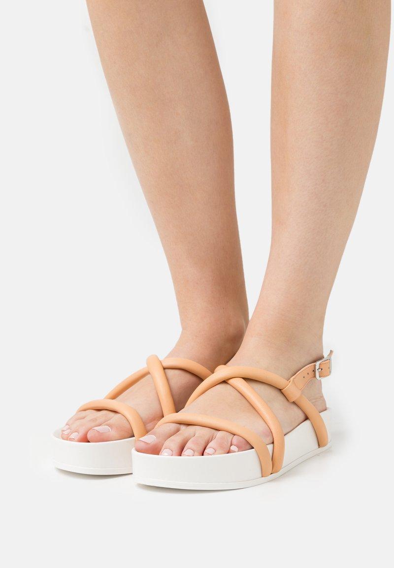 Oa non fashion - Platform sandals - latte