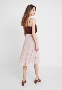 Lace & Beads - VAL SKIRT - A-line skirt - dark pink - 2