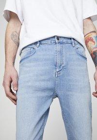 PULL&BEAR - Slim fit jeans - light blue - 4