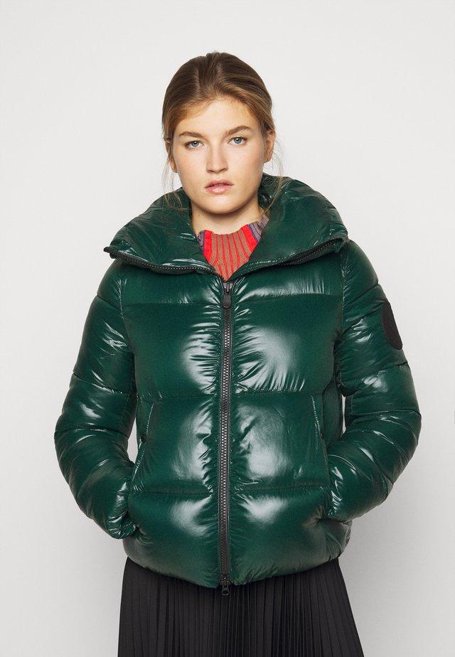 LUCKY - Vinterjacka - alpine green