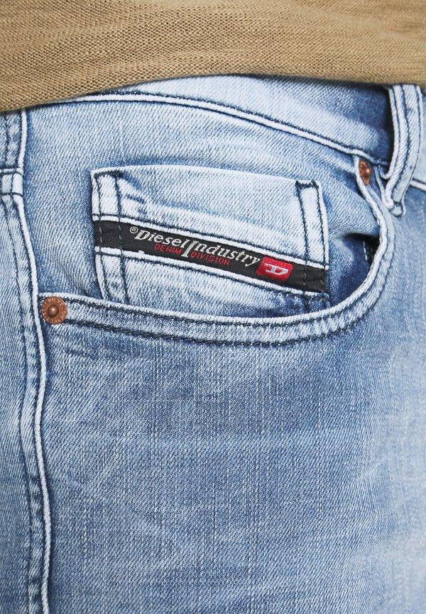 Diesel STRUKT - Jeansy Slim Fit - medium blue/niebieski denim Odzież Męska SXSK