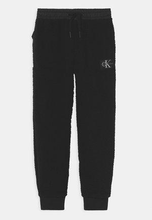 MIX MEDIA - Teplákové kalhoty - black