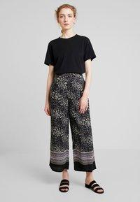 Masai - PUSNA CULOTTE - Pantalones - wister - 1