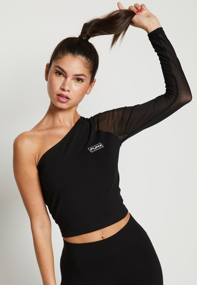 ASSYMETRIC CROPPED TEE - Long sleeved top - black