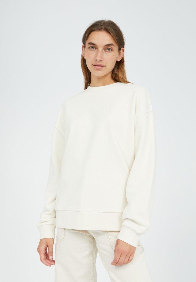 AARIN - Sweater - undyed