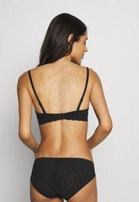 DKNY Intimates - STRAPLESS BRA - Multiway / Strapless bra - black - 2