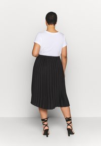 CAPSULE by Simply Be - PLEATED SKIRT - A-line skirt - black - 2