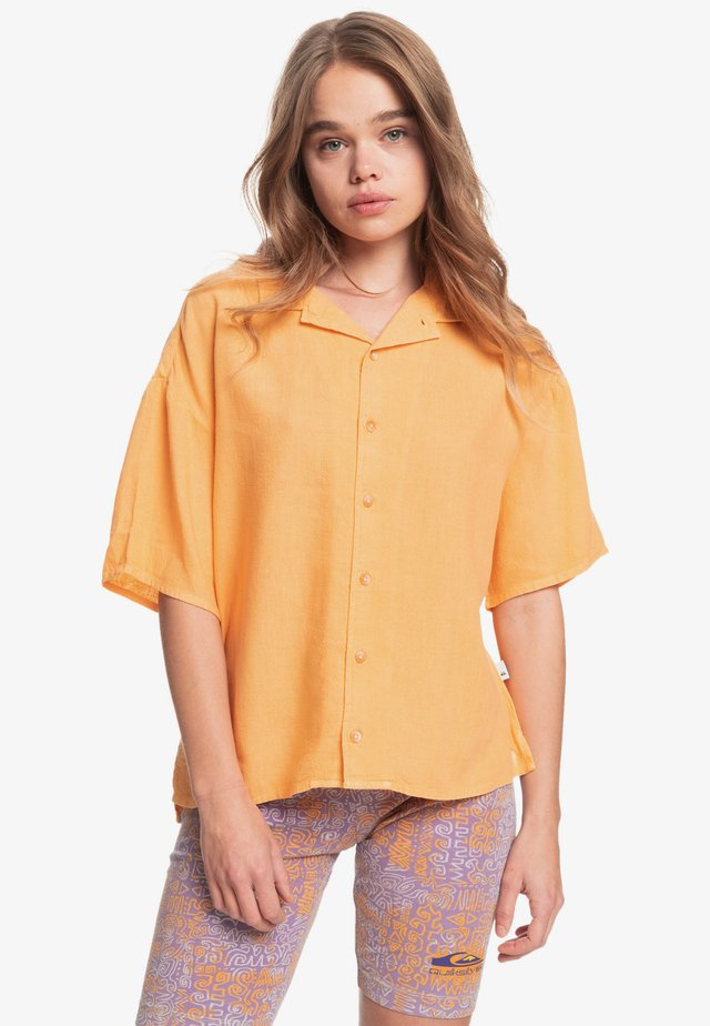 SURF CAMP - Button-down blouse - chamois