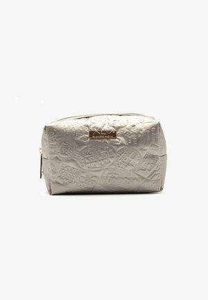 Wash bag - platino