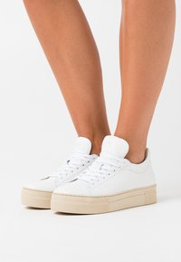 Selected Femme - SLFHAILEY TRAINER - Trainers - white - 0