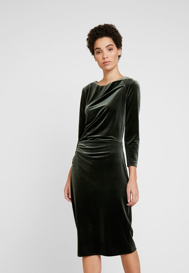 NISAS DRESS - Cocktailjurk - olive leaf
