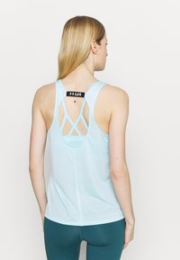 Under Armour - FLY BY TANK - Sports shirt - breeze - 2