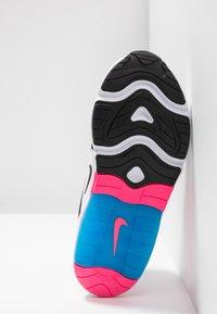 Nike Sportswear - Tenisky - white/black/hyper pink/photo blue - 4