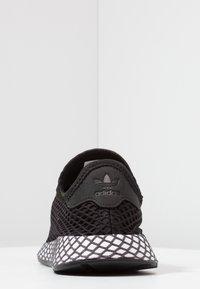 adidas Originals - DEERUPT RUNNER - Trainers - core black/footwear white/grey five - 4