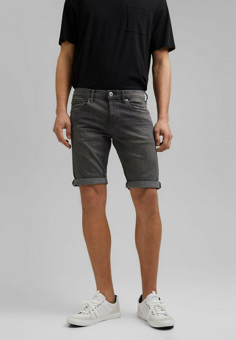 edc by Esprit - Short en jean - grey medium washed