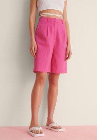 NA-KD - OVERSIZED LINEN BLEND SHORTS - Short - pink - 1