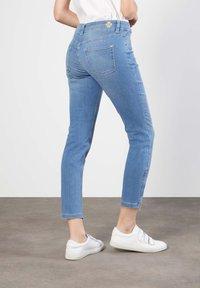 MAC Jeans - Slim fit jeans - light blue wash - 1