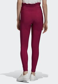 adidas Originals - BELLISTA SPORTS INSPIRED SLIM TIGHTS - Leggings - Trousers - power berry - 1