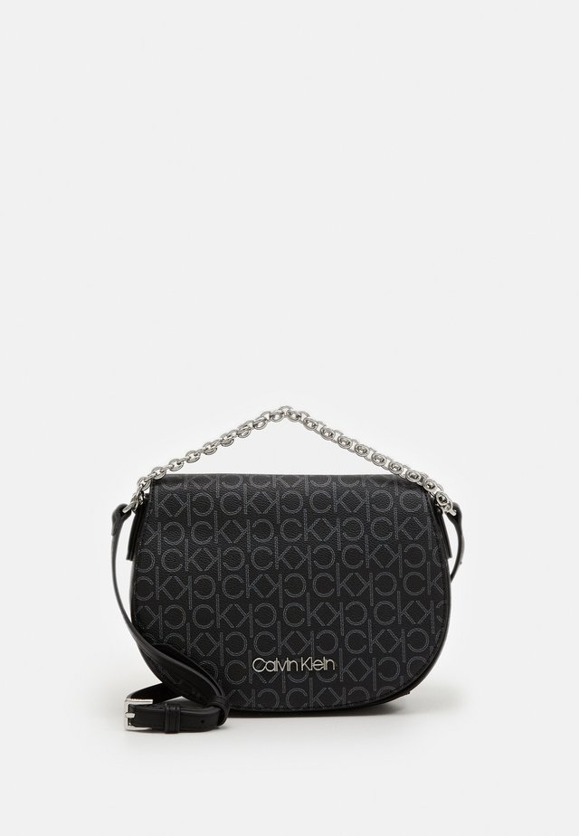 SADDLE BAG CHAIN - Borsa a mano - black