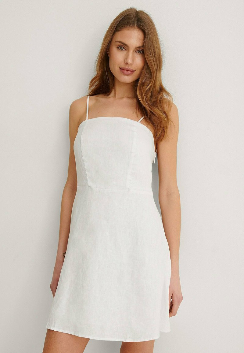 NA-KD - Cocktail dress / Party dress - white