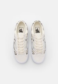Vans - STYLE 36 UNISEX - Trainers - classic white/black - 3