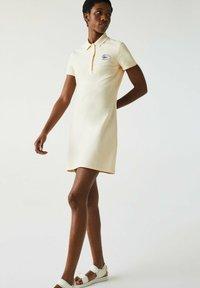 Lacoste - JURK - Shift dress - beige - 0
