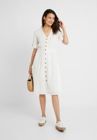YAS Tall - YASMEG DRESS ICONS - Robe chemise - star white - 2