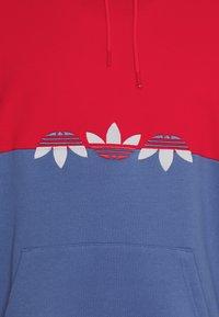 adidas Originals - SLICE HOODY - Hoodie - crew blue/scarlet - 7