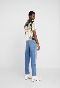 Mavi - STELLA ON MANNEQUIN - Straight leg jeans - light blue denim - 3