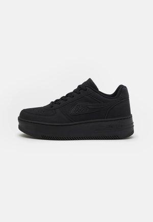 BASH - Sportschoenen - black