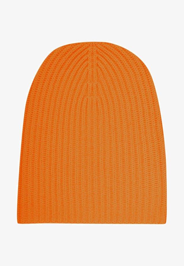 Beanie - spicy orange