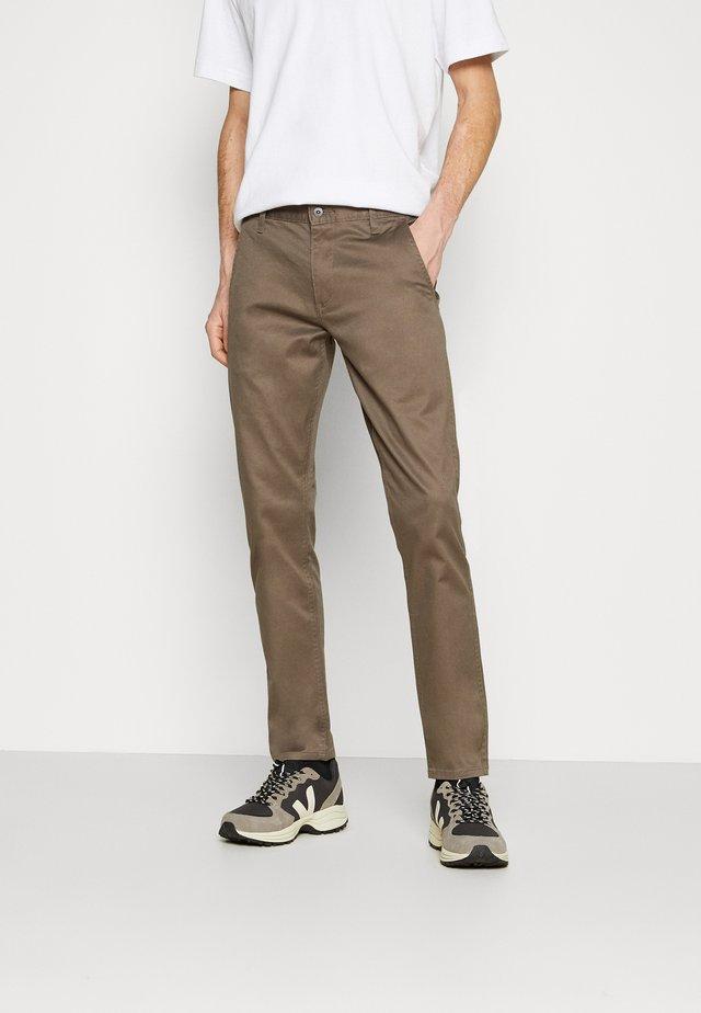 ALPHA ORIGINAL - Chino kalhoty - dark pebble core