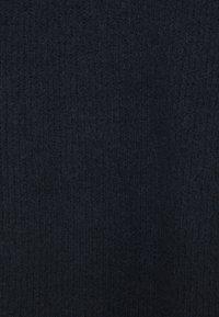 YAS - YASALLU ROLL NECK DRESS - Strikket kjole - sky captain - 2