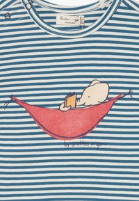 Smitten Organic - TEE CAP SLEEVE BABY ZGREEN - Print T-shirt - bamboo fresh - 3