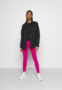 Nike Sportswear - Leggings - Trousers - fireberry/white - 1