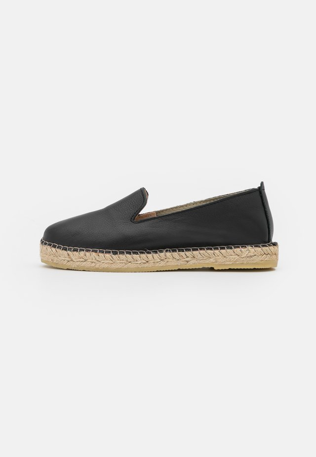 JAYLA - Loafers - black