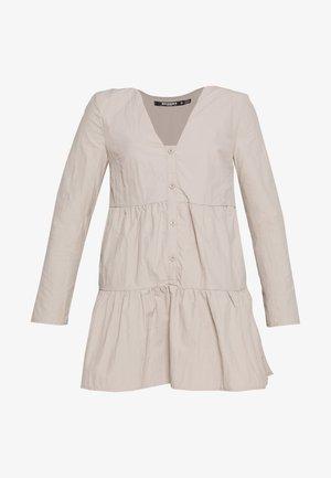 BUTTON THROUGH SMOCK DRESS - Korte jurk - nude