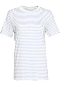 Selected Femme - SLFMY PERFECT TEE BOX CUT - Print T-shirt - bright white/xenon blue - 2