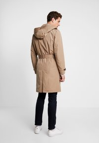 Tommy Hilfiger - HOODED TRENCHCOAT - Trenchcoat - grey - 2