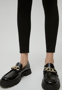 PULL&BEAR - SKINNY - Jeans Skinny Fit - black - 5