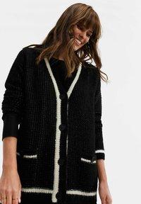 WE Fashion - Cardigan - black - 0