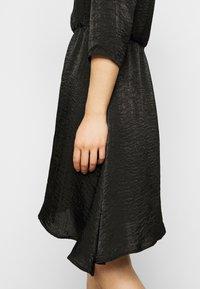 Vero Moda Petite - VMJENICE SHORT DRESS - Day dress - black - 5
