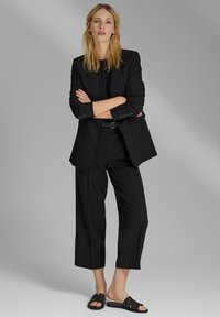 Esprit Collection - MIT BINDEGÜRTEL - Trousers - black - 1