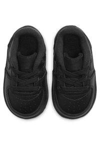 Nike Sportswear - FORCE 1 CRIB - Chaussures premiers pas - black - 1