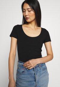 Anna Field - 3 PACK - Basic T-shirt - black - 4