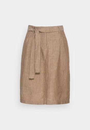 RAILA - A-line skirt - maple