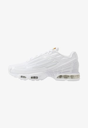 AIR MAX PLUS III - Sneakersy niskie - white/vast grey