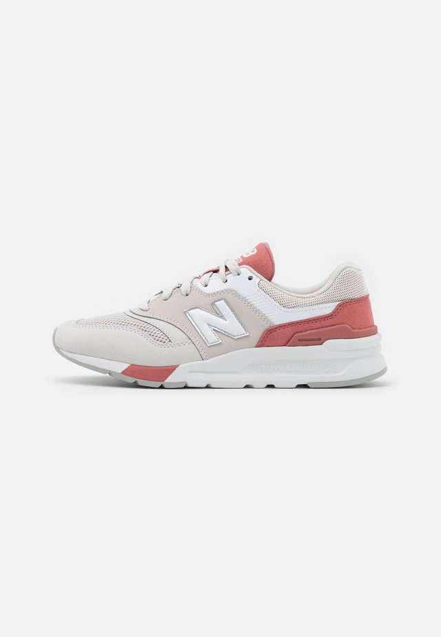 CW997 - Baskets basses - light pink/beige