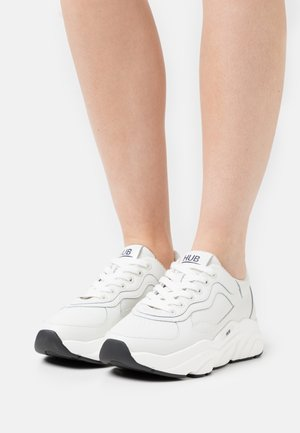 ROCK - Trainers - offwhite/black