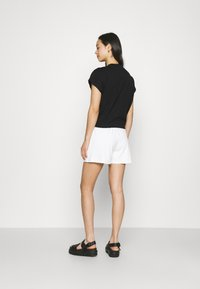4th & Reckless - CORA - Shorts - white - 2